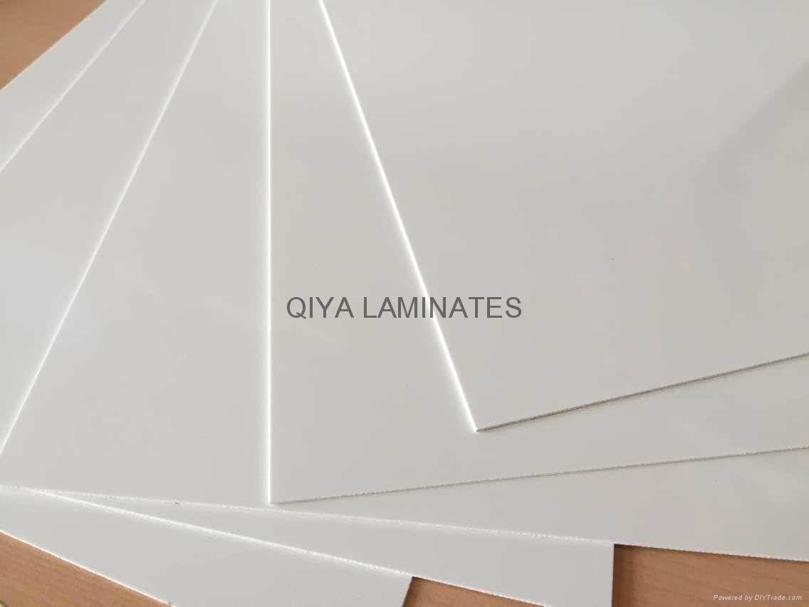 Glass-epoxy laminates with white color 4
