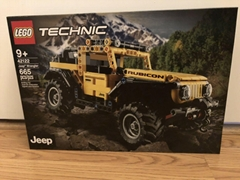 LEGO Technic Jeep Wrangler 42122 Building Kit ( 665 Pieces)
