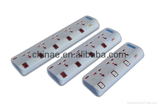 Universal extension sockets 3