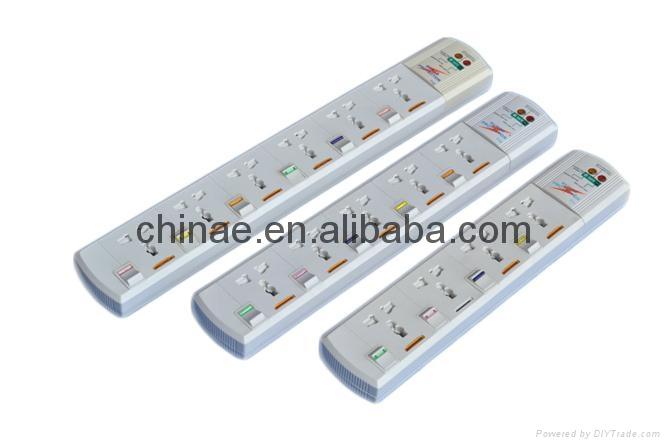 Universal extension sockets 1