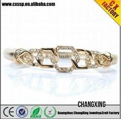 2015 Exquisite fashion plated Best noble diamond gold bridal bracelet