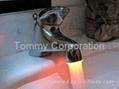 LED发光水龙头 3