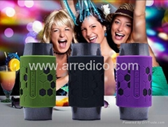 Portable Mini Bluetooth Speaker with Silicone Case  LED  Light  Bluettoh 4.0