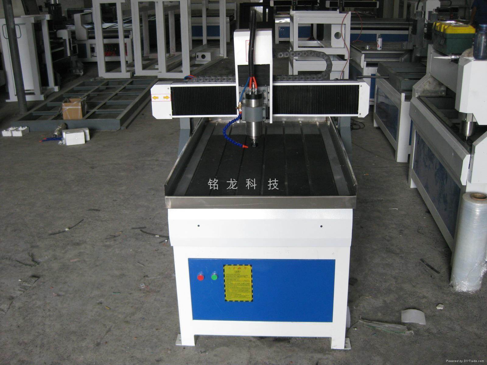 铭龙TS-6090广告雕刻机 1