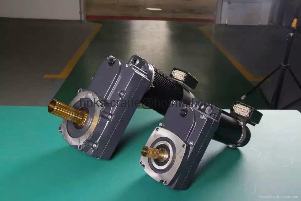 三合一减速电动机