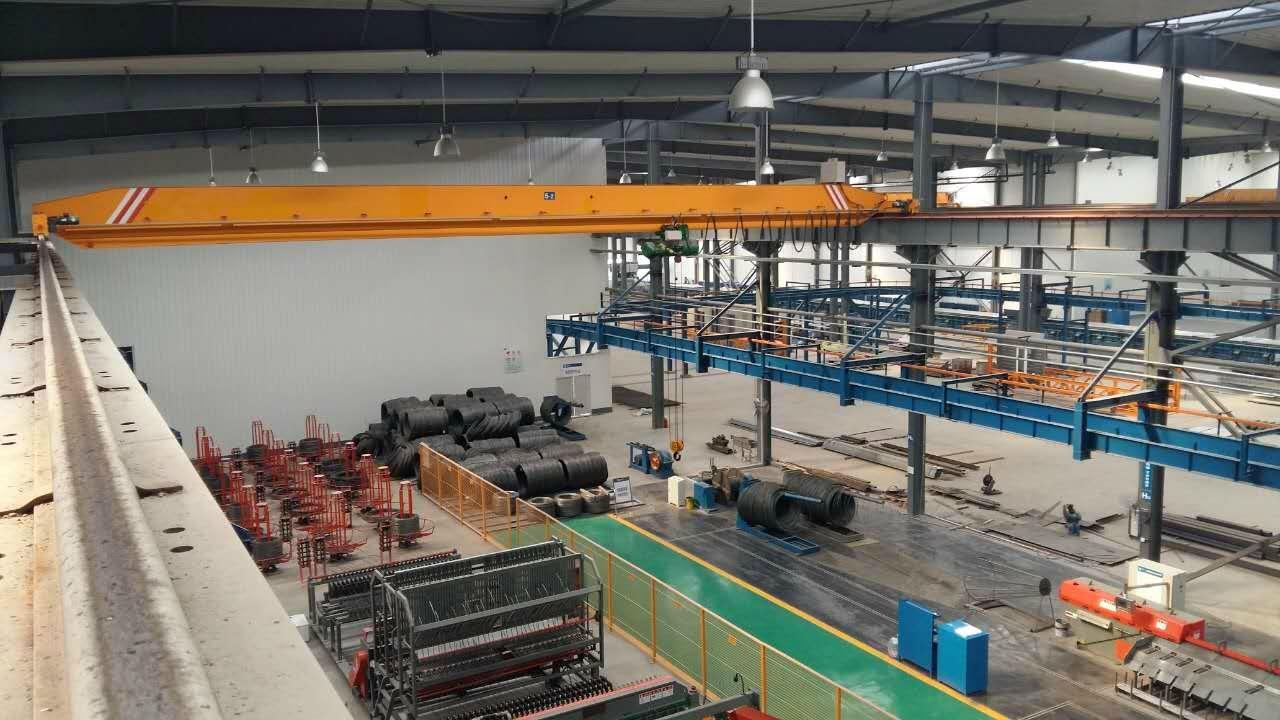 新型单梁无焊缝起重机--河南省矿山起重机有限公司