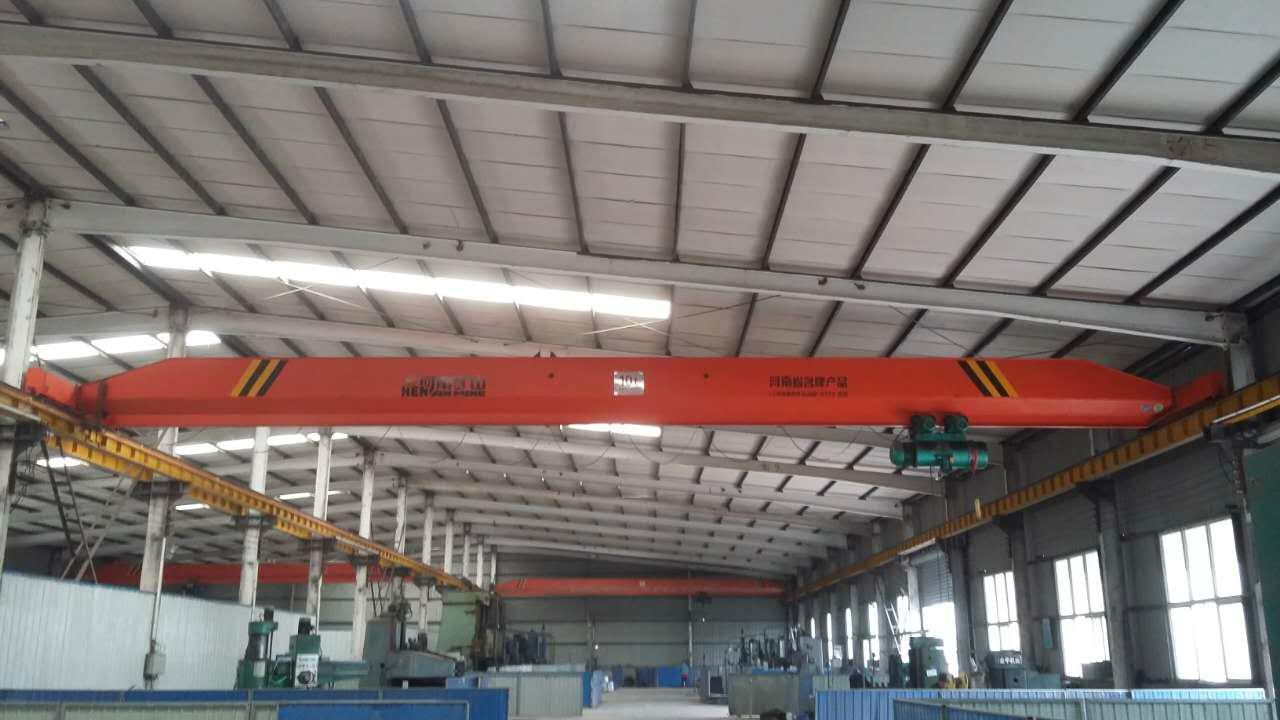 LDE型雙葫蘆單梁起重機-翻轉抬吊專用起重機
