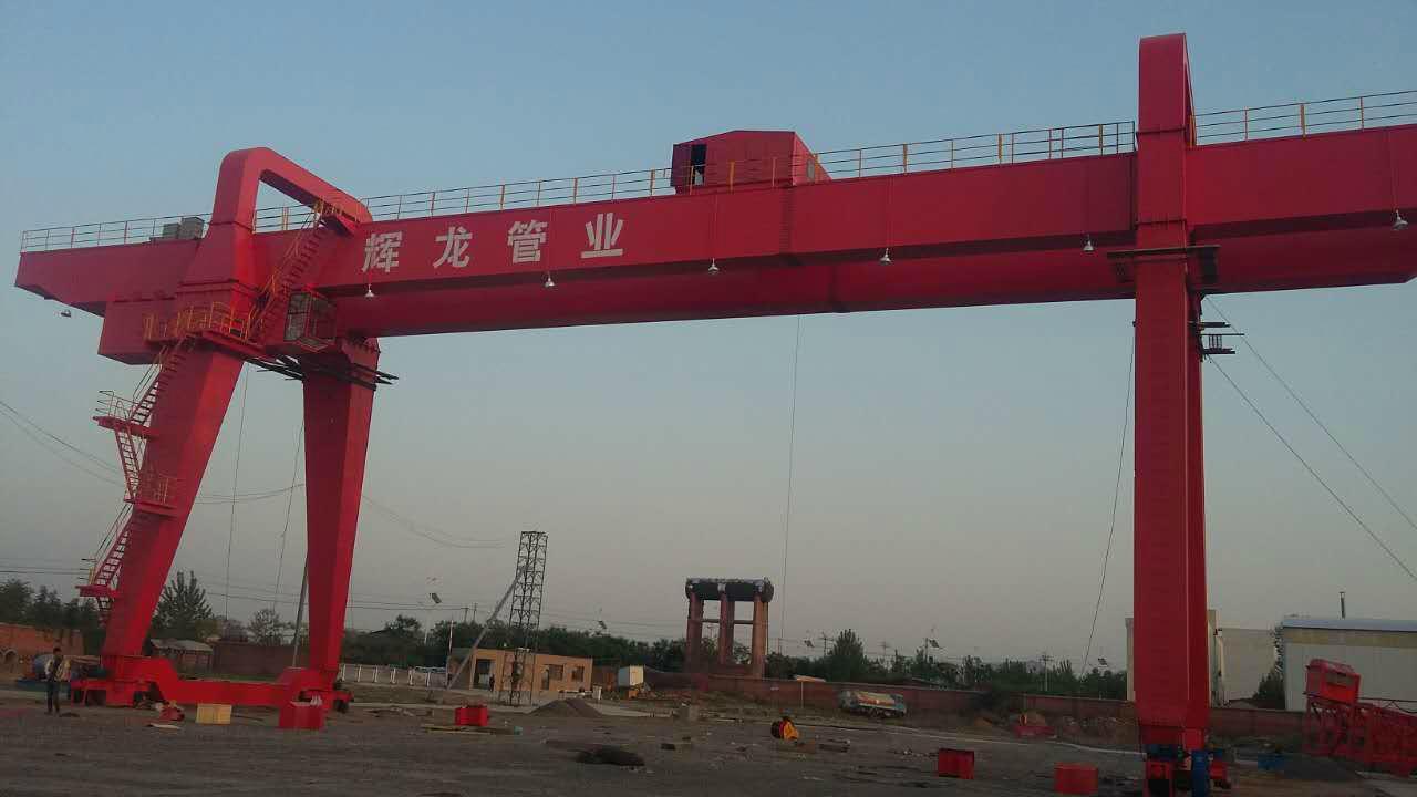 400吨门式起重机