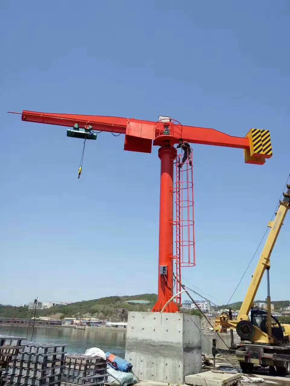 10吨重型悬臂起重机