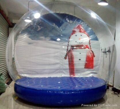 Fashionable Festival christmas inflatable snow globe 1