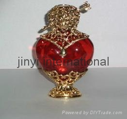 glass perfume bottle 3
