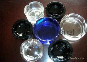 glass ashtray 1