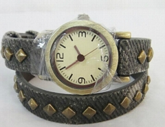 韩版女士仿陶瓷彩绘手表