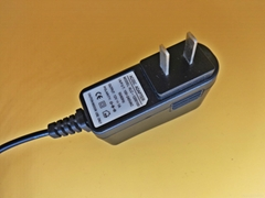 最畅销12v1A 电源适配器