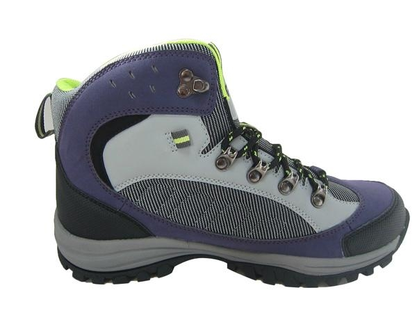 Hiking shoes 4
