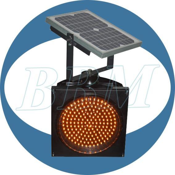 200mm solar powered traffic light 1