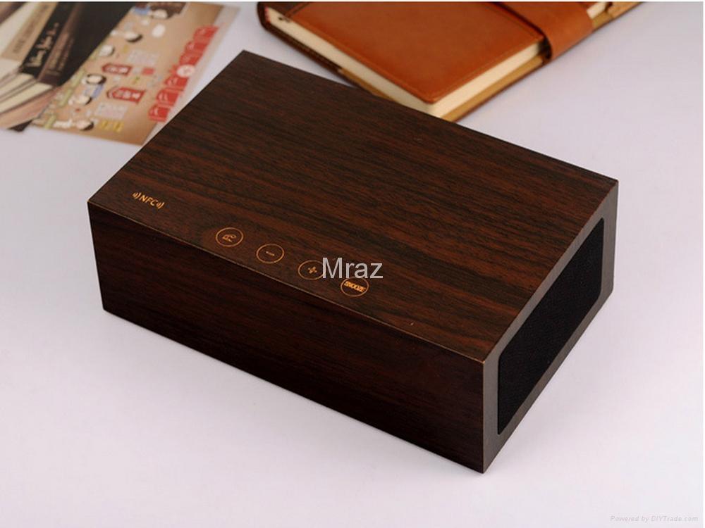 Natural Wooden LED Screen Alarm Bluetooth Speaker  16
