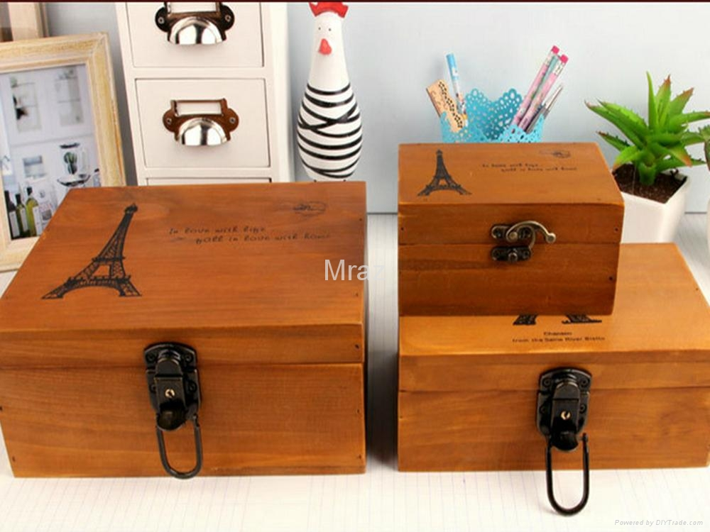 Retro Style Wooden Jewelry Box With Eiffel Town 1