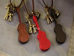 Fashion Guitar Pendant Necklace