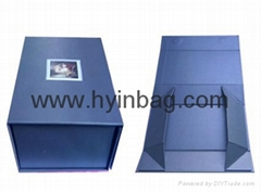Foldable paper boxes to save shipping cost