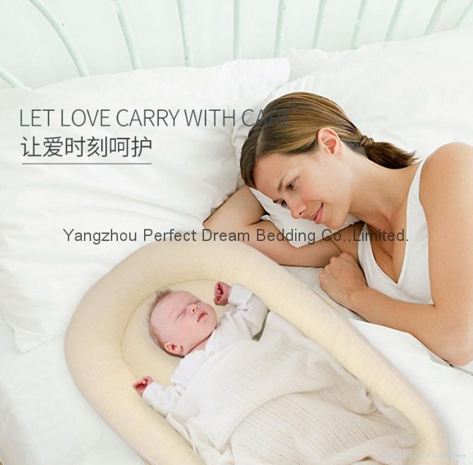 Baby Delight Sn   le Nest Traveler Extra-Long Portable Infant Sleeper 3