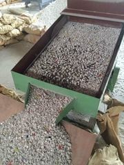 Supply high quality Urea Chipped