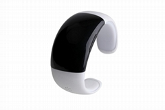 Oled Bluetooth V3.0 Smart Touch Bracelet Watch with Music Player, Call Answering
