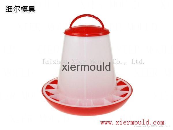 Plastic chicken feeder drinker mould 4