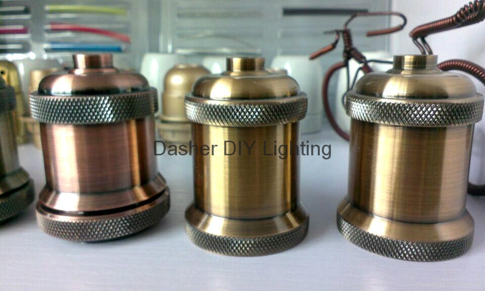 high quality metal pendant light with E27 lampholder  9