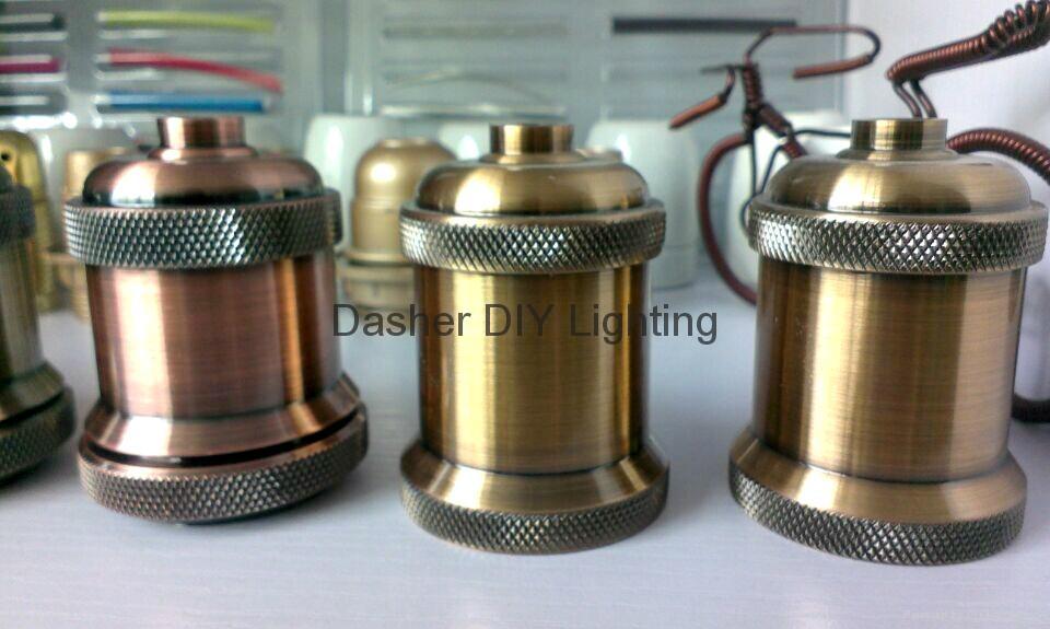 high quality metal pendant light with E27 lampholder  4