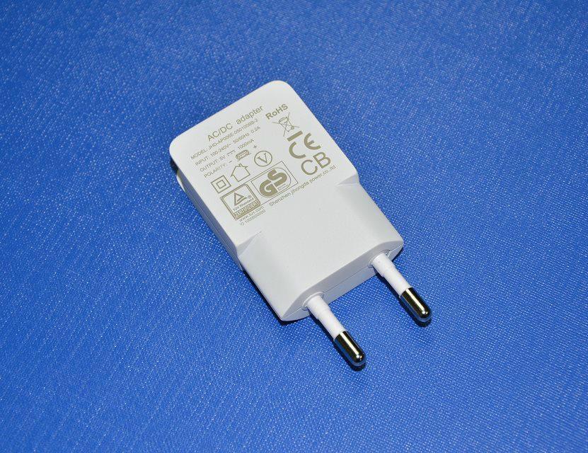 歐規5V1A1.2A USB電源適配器USB充電器JHD-AP006E-050100BB-A 2