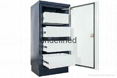 Antimagnetic cabinet