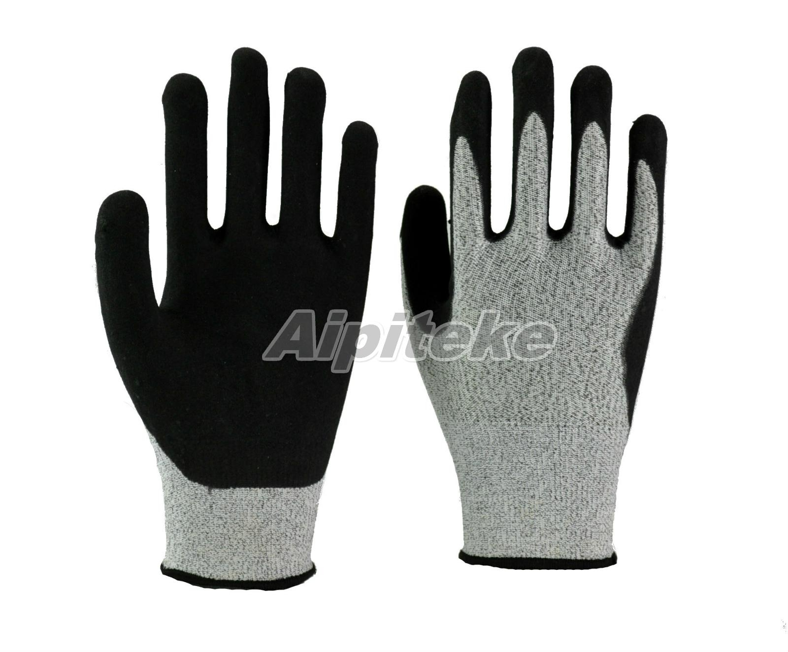 Anti-cut Level 5 HPPE liner gloves with nitrile foam palm sandy finish 1
