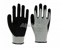 Anti-cut Level 5 HPPE liner gloves with nitrile foam palm sandy finish