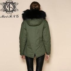 2015 Hot Sale Army Green Black Fur Parka Wholesae