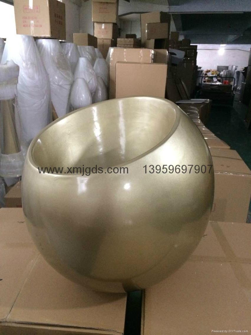 Glass spray of molten steel box 5