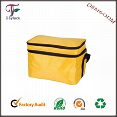 Insulating effect aluminium foil non woven cooler bag