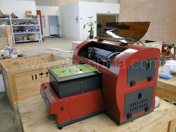 Cheaper Price Small UV Flatbed Printer with CE Certificate for Pen and Business  3