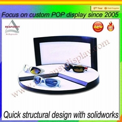 Customized wooden display stand for eyeglasses