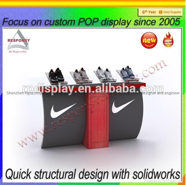 Sport shoe display stands flooring custom shoes display 2