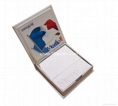 Memo pad holder