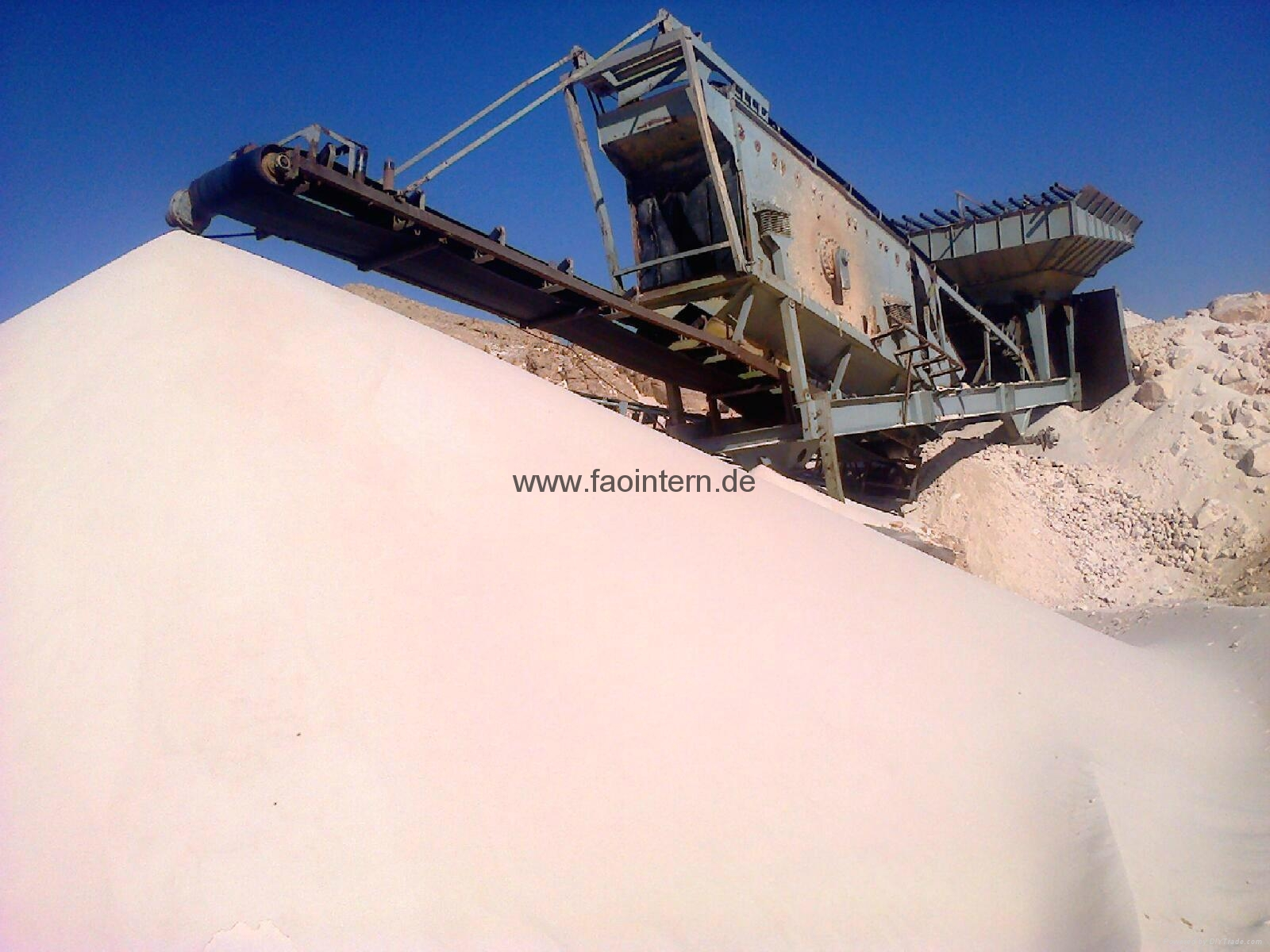 High Quality Silica Sand (Glass Industry – Water Tratment... etc.)! 2