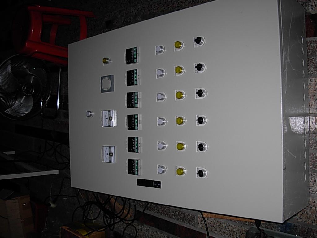A7 電熱零件/溫度控制箱 4