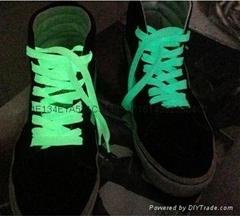 photoluminescent shoelace