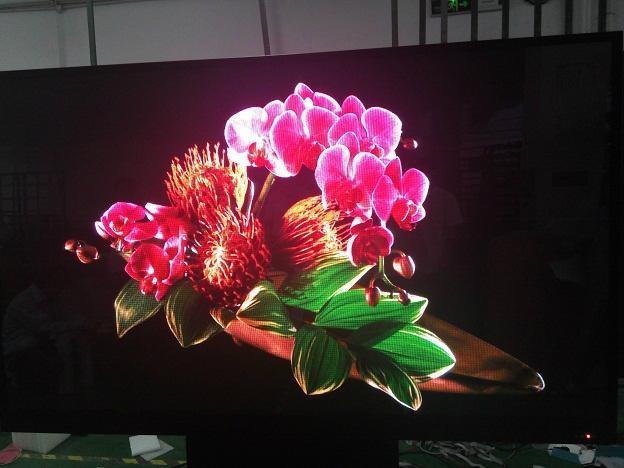 三鑫維-超高清P2.5LED電視機110寸 2