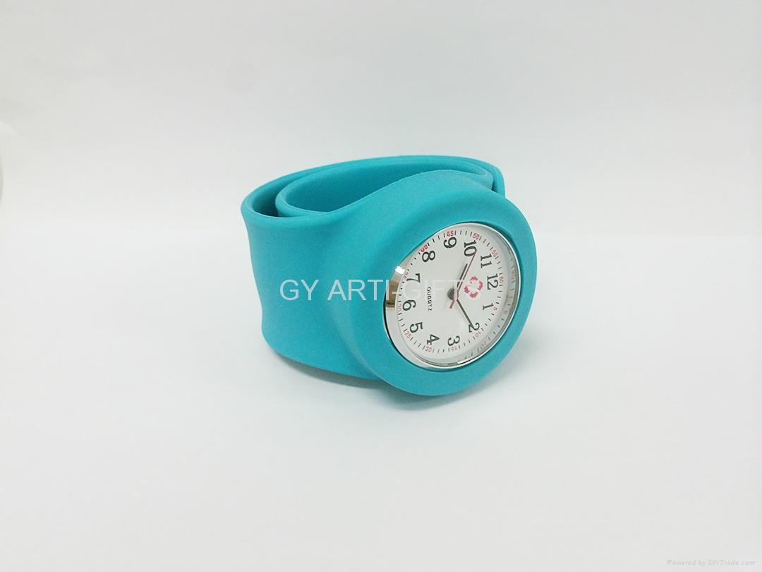Promotion fashion slap snap papa digital Quartz silicon watch 4