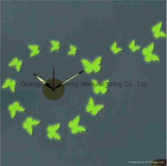 Butterfly shaped wall clock,fashion DIY grow in dark wall clock for home decor