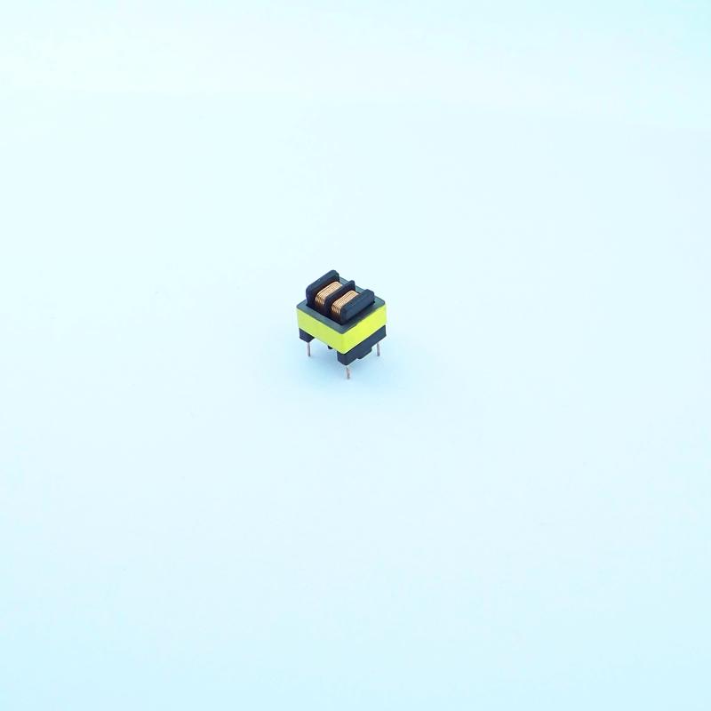 EE8.3 2+2 雙槽高頻變壓器 1