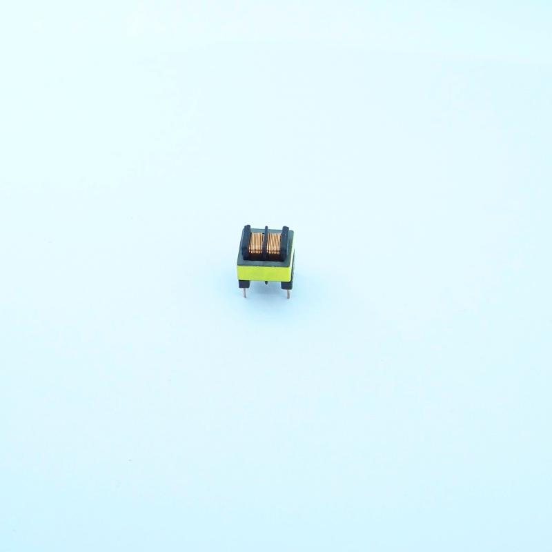 EE8.3 2+2 雙槽高頻變壓器 4