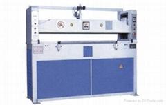 30T自动式油压平面式裁断机